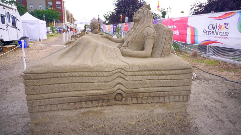 Sand on Whyte